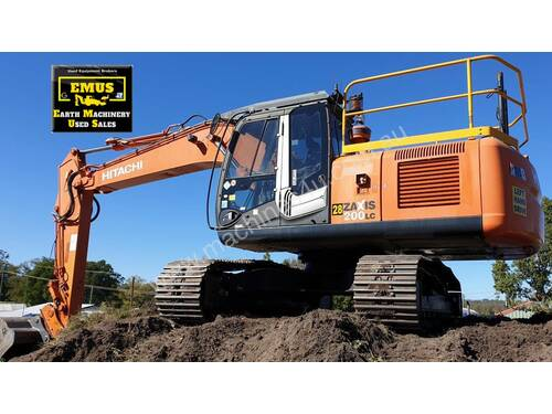 2013 Hitachi ZX200LC-3, low hrs